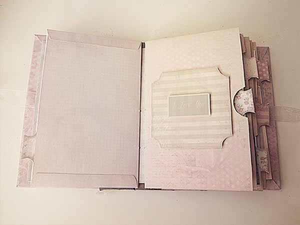 inside-shabby-chic-scrapbook