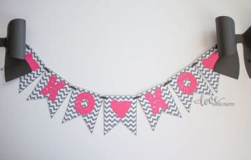 Free Printable Valentine's Day Banner in Pink and Grey XOXO | LovePaperCrafts.com